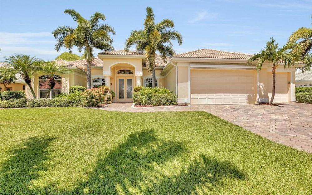 5512 Harbour Cir, Cape Coral - Estate Home For Sale 905155560