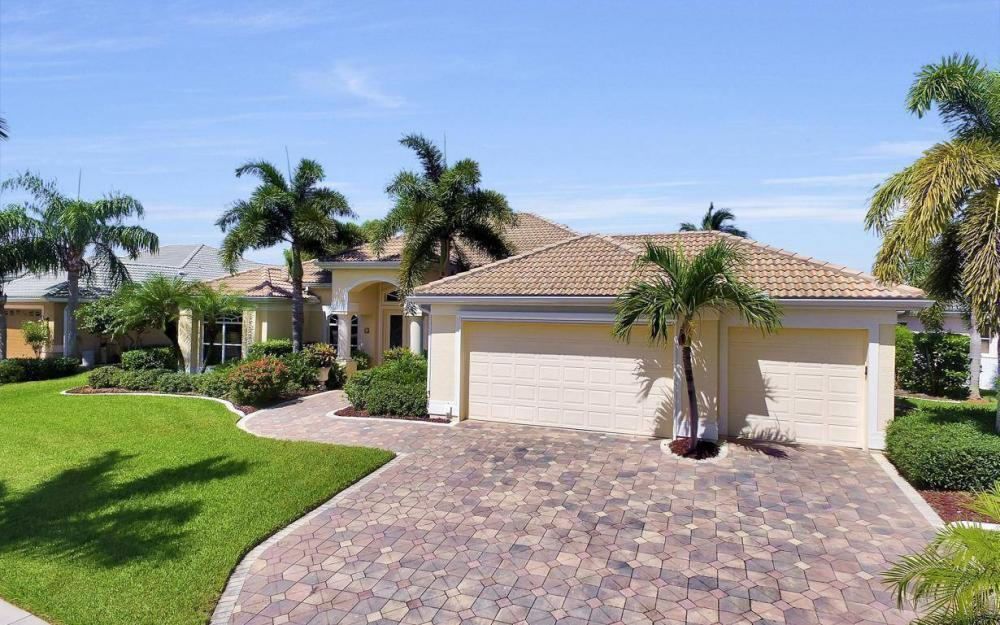 5512 Harbour Cir, Cape Coral - Estate Home For Sale 1058926455