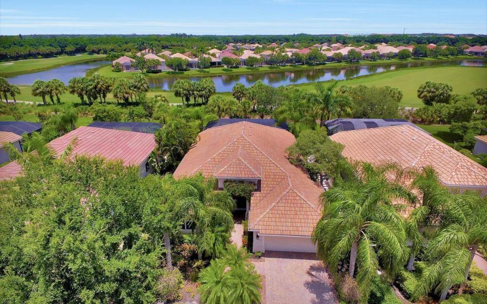 10009 St Moritz Dr, Miromar Lakes - Home For Sale 1823671114