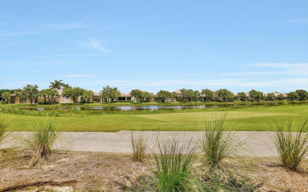 10009 St Moritz Dr, Miromar Lakes - Home For Sale 873172478