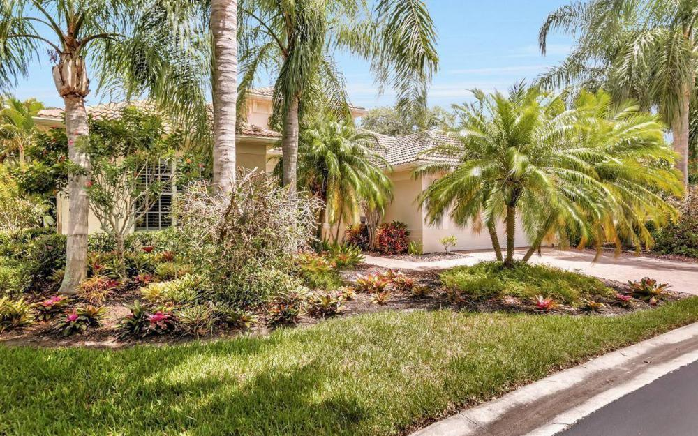 10009 St Moritz Dr, Miromar Lakes - Home For Sale 23288070