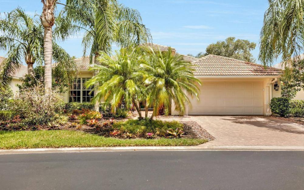 10009 St Moritz Dr, Miromar Lakes - Home For Sale 1097695677