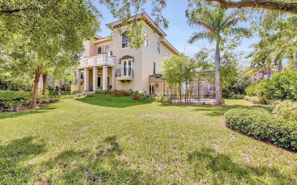 631 Inlet Dr, Marco Island - Estate Home For Sale 1934594997