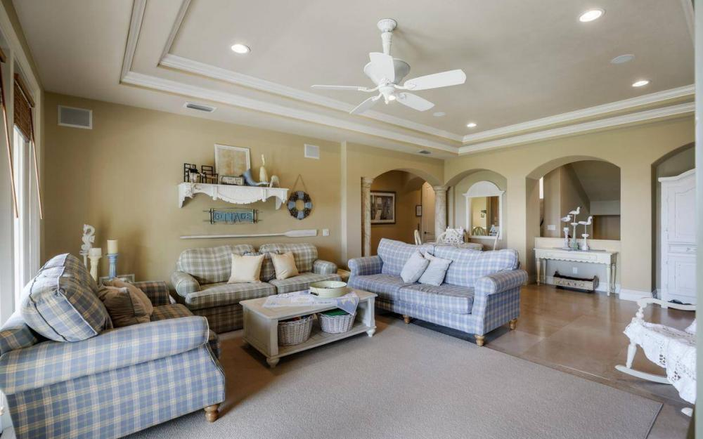 631 Inlet Dr, Marco Island - Estate Home For Sale 254890747