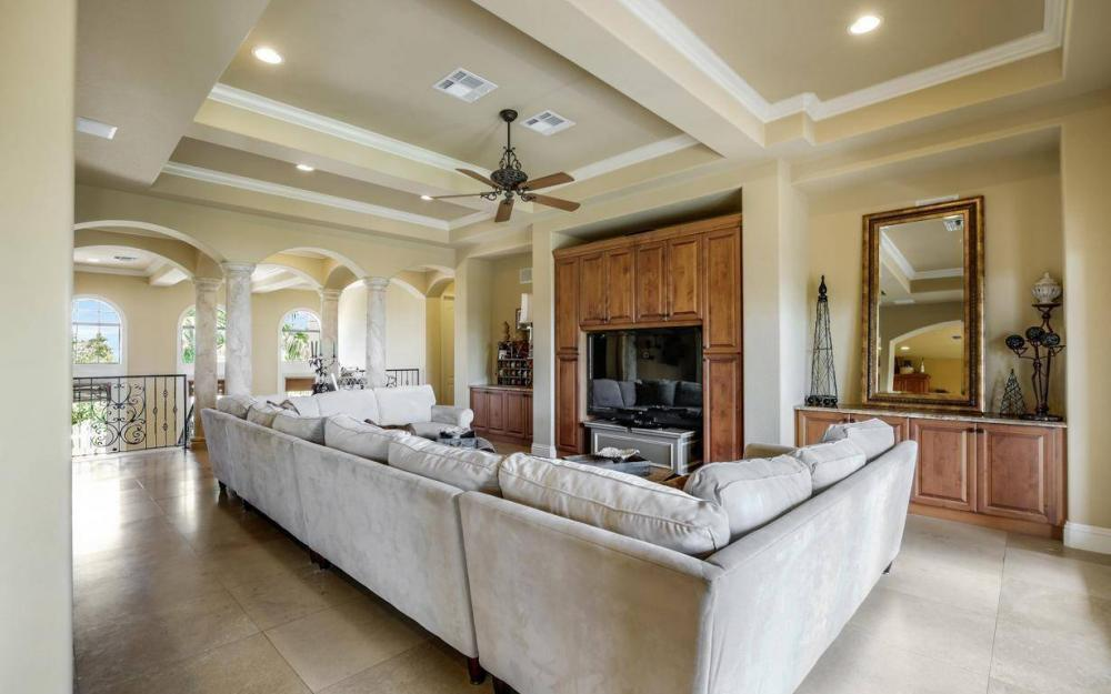 631 Inlet Dr, Marco Island - Estate Home For Sale 434500832