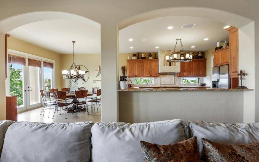 631 Inlet Dr, Marco Island - Estate Home For Sale 461252406