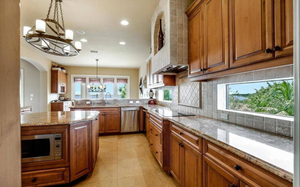 631 Inlet Dr, Marco Island - Estate Home For Sale 1245331152