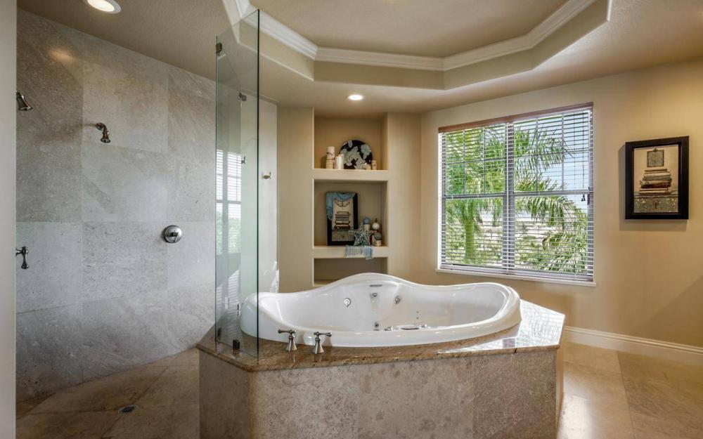 631 Inlet Dr, Marco Island - Estate Home For Sale 730633219