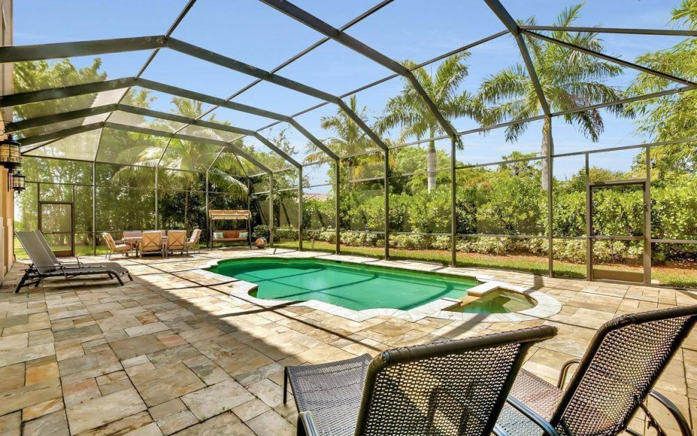 631 Inlet Dr, Marco Island - Estate Home For Sale 30990830