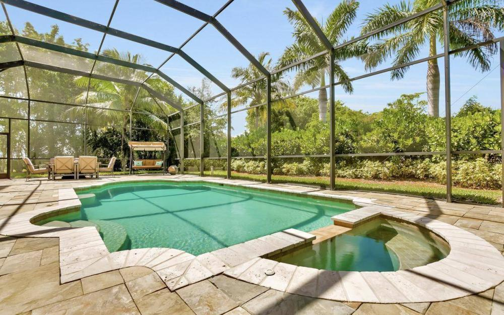 631 Inlet Dr, Marco Island - Estate Home For Sale 2037468072
