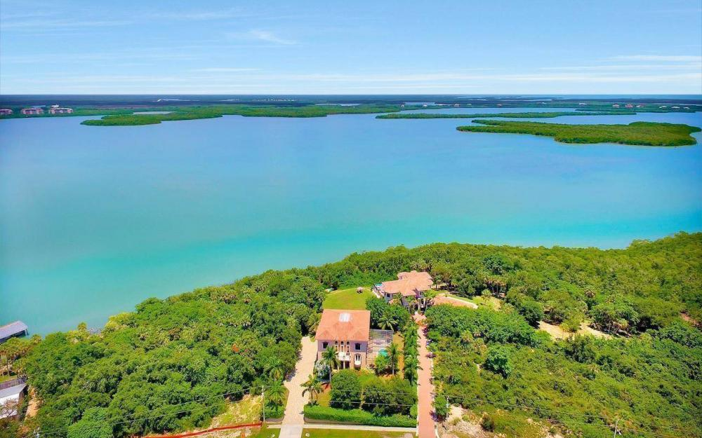 631 Inlet Dr, Marco Island - Estate Home For Sale 2083408613