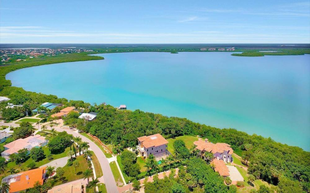 631 Inlet Dr, Marco Island - Estate Home For Sale 1322224096