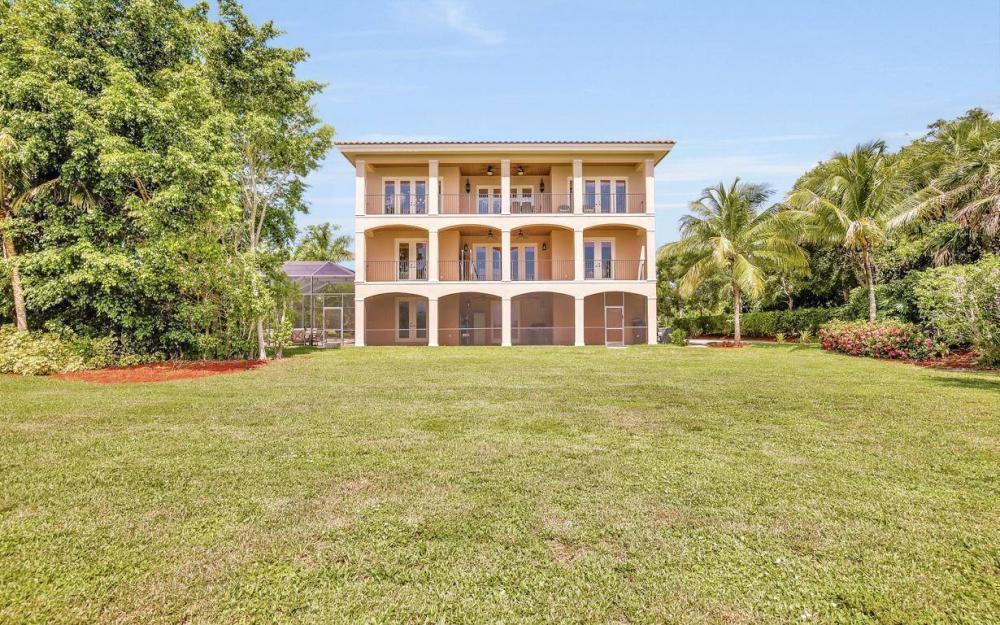 631 Inlet Dr, Marco Island - Estate Home For Sale 2113202925
