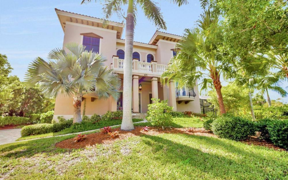 631 Inlet Dr, Marco Island - Estate Home For Sale 1122293404