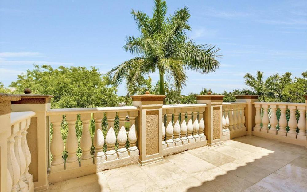 631 Inlet Dr, Marco Island - Estate Home For Sale 1801562405