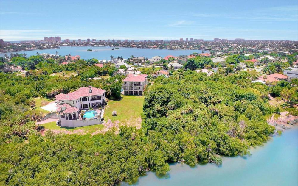 631 Inlet Dr, Marco Island - Estate Home For Sale 775879244