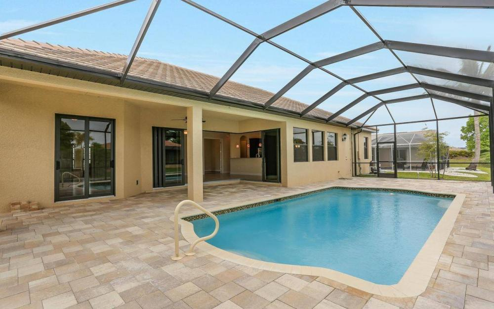 2205 SE 17th Pl, Cape Coral - Home For Sale 226165778