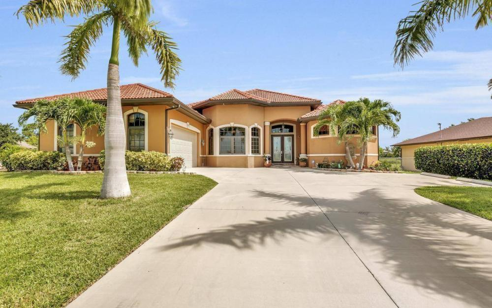 225 SW 22nd Ter, Cape Coral - Home For Sale 1846955736