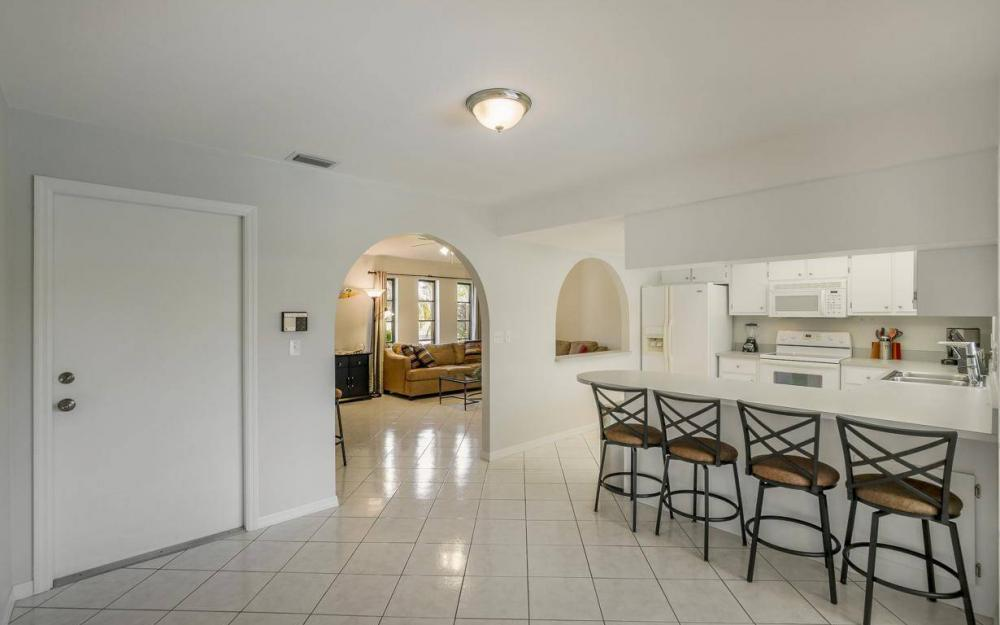 237 Aviation Pkwy, Cape Coral - Home For Sale 2042683347