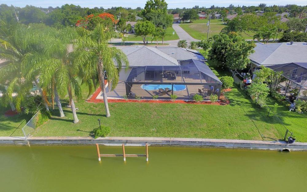 237 Aviation Pkwy, Cape Coral - Home For Sale 1486782211