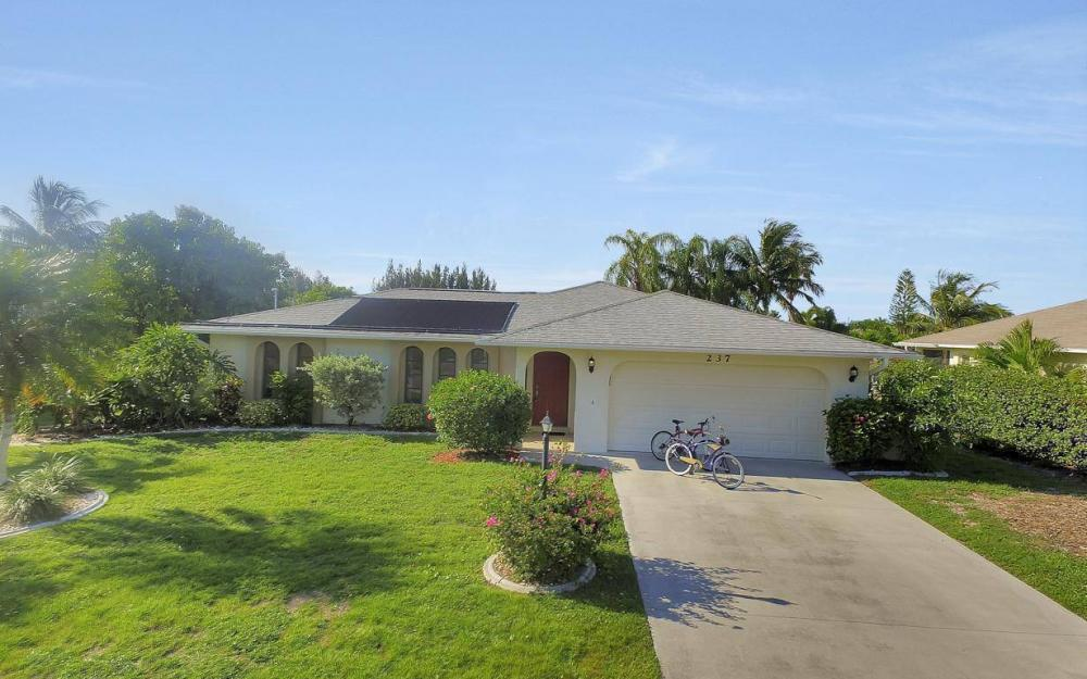 237 Aviation Pkwy, Cape Coral - Home For Sale 780384469