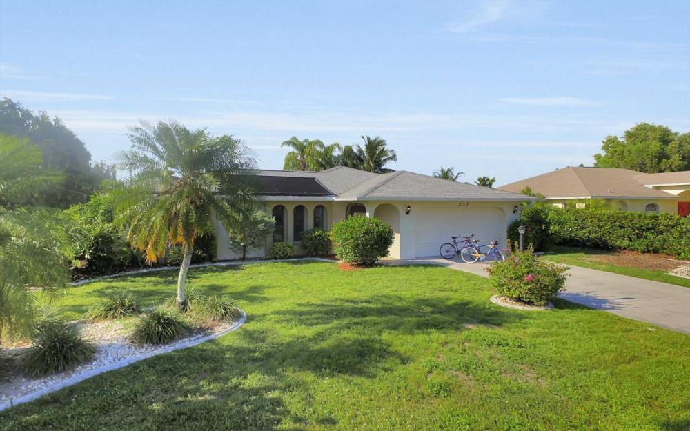 237 Aviation Pkwy, Cape Coral - Home For Sale 1965470817