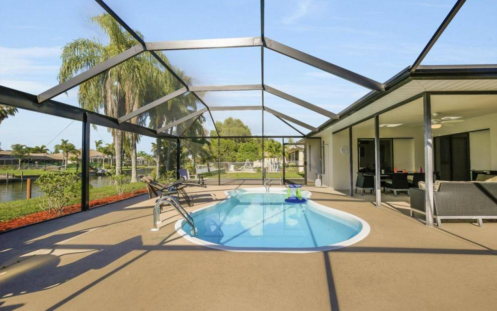 237 Aviation Pkwy, Cape Coral - Home For Sale 1587647993