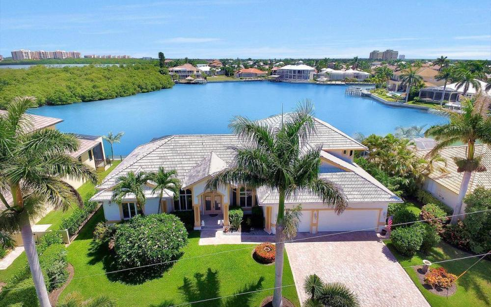 650 Rockport Ct, Marco Island - Home For Sale 727368897