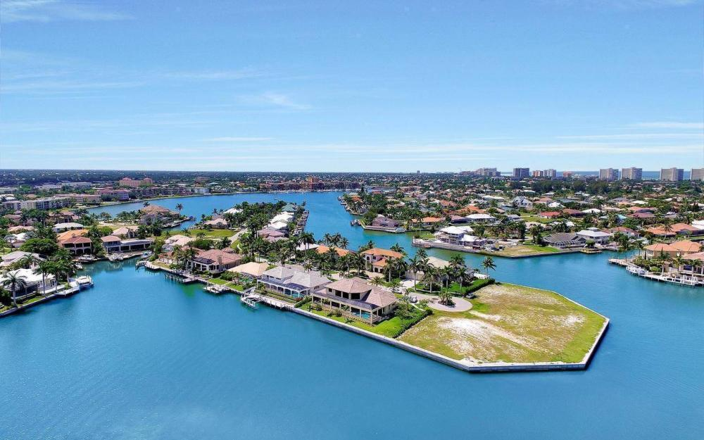 650 Rockport Ct, Marco Island - Home For Sale 1522393289