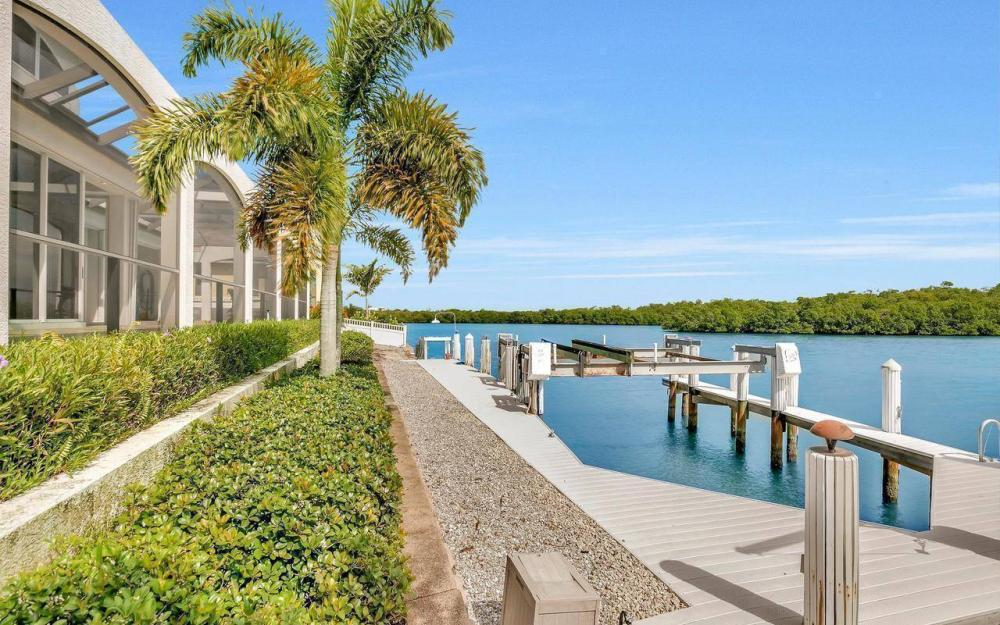 650 Rockport Ct, Marco Island - Home For Sale 31576487
