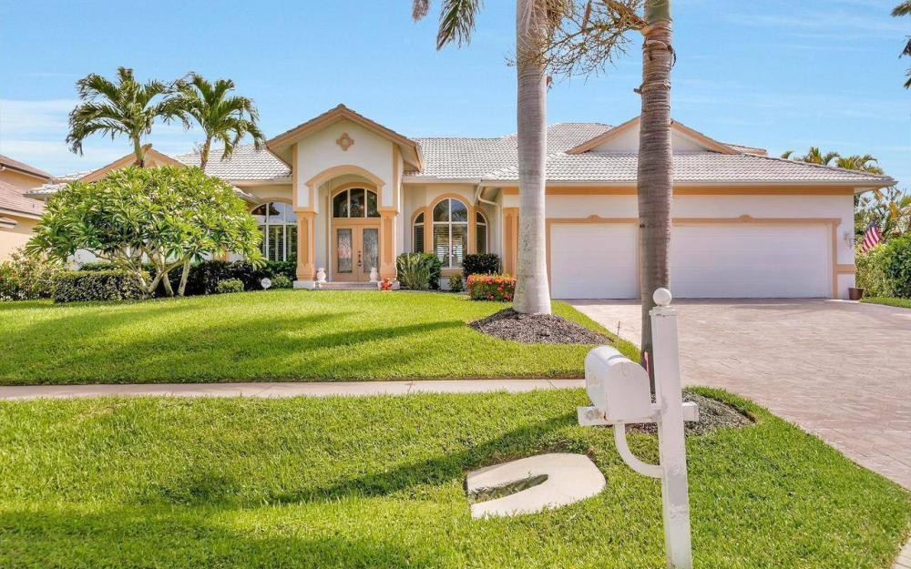 650 Rockport Ct, Marco Island - Home For Sale 2066481366