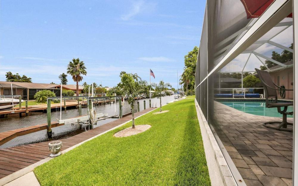 5034 Saxony Ct, Cape Coral - Home For Sale 867503244