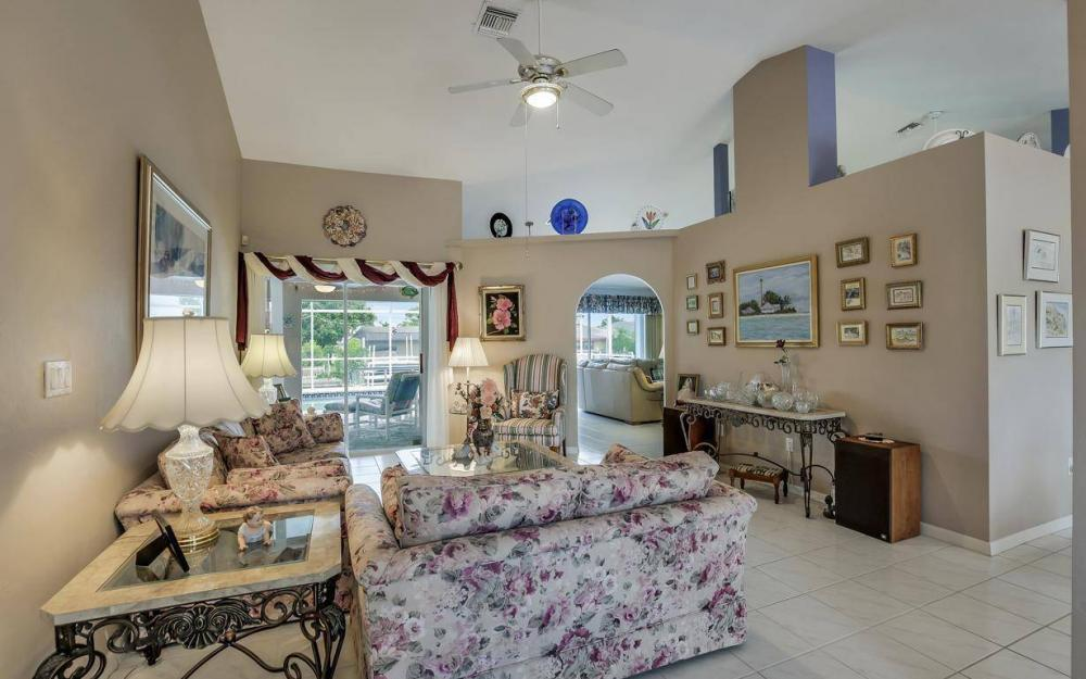 5034 Saxony Ct, Cape Coral - Home For Sale 2128075038