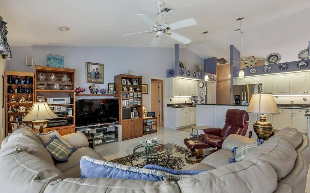 5034 Saxony Ct, Cape Coral - Home For Sale 258054404