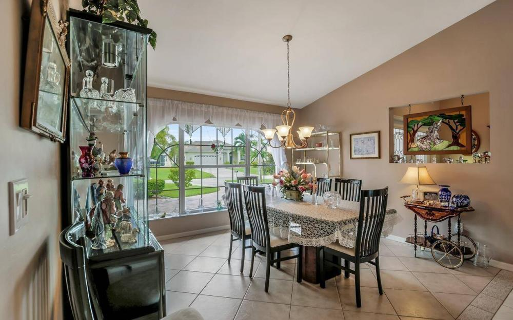 5034 Saxony Ct, Cape Coral - Home For Sale 541719443