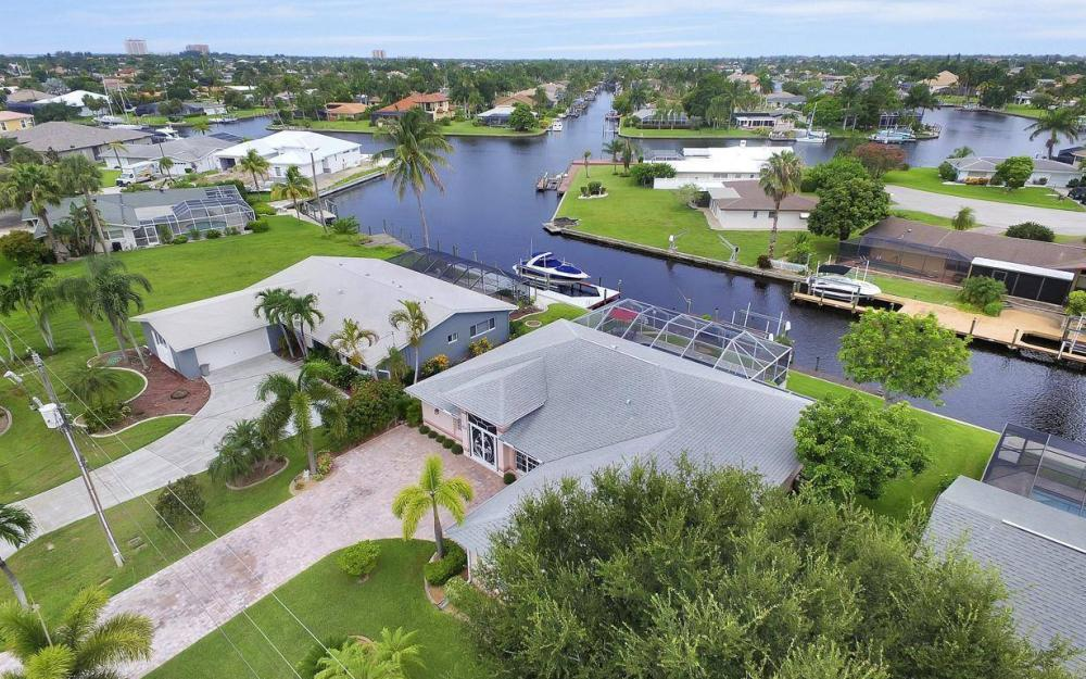 5034 Saxony Ct, Cape Coral - Home For Sale 2060794010
