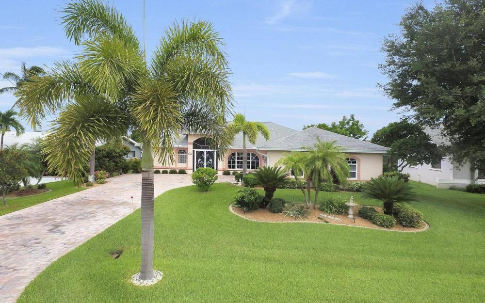 5034 Saxony Ct, Cape Coral - Home For Sale 1074920418