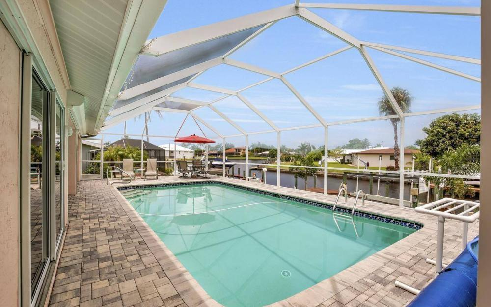 5034 Saxony Ct, Cape Coral - Home For Sale 2032137037