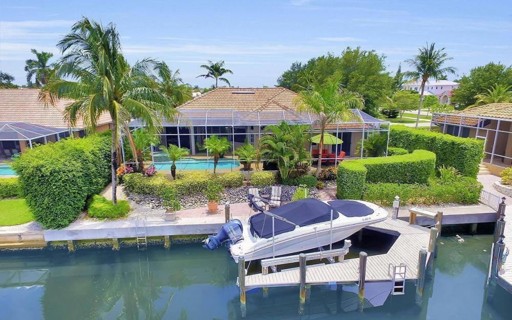16 Gulfport Ct, Marco Island - Home For Sale 1229336816