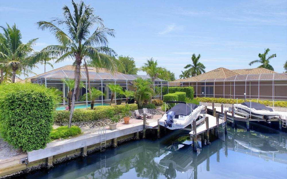 16 Gulfport Ct, Marco Island - Home For Sale 319550468