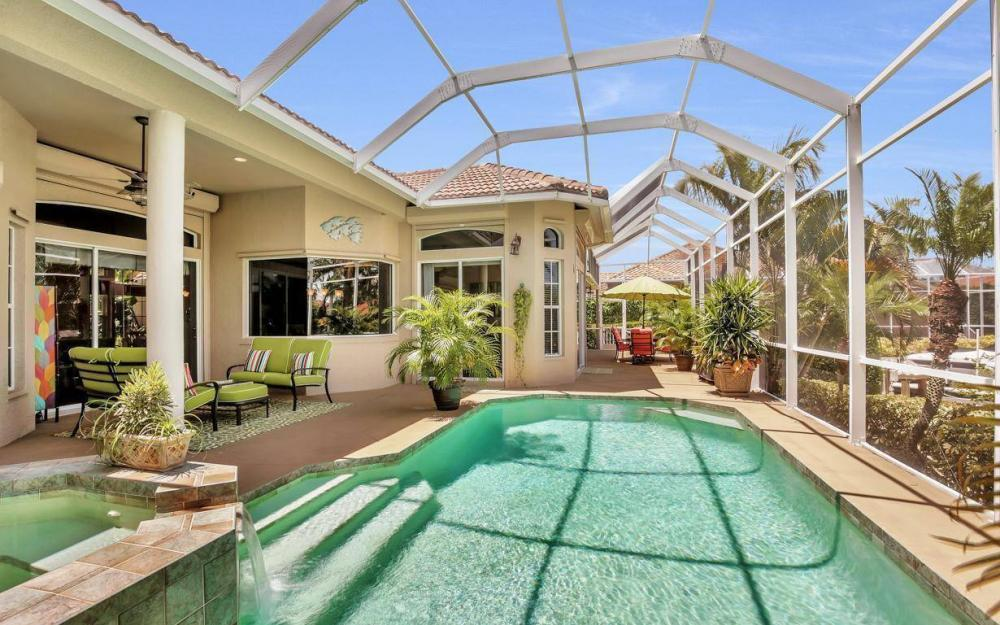 16 Gulfport Ct, Marco Island - Home For Sale 1027130669