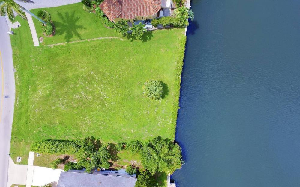 390 Century Dr, Marco Island - Lot For Sale 980008658