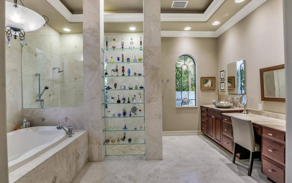 14678 Beaufort Cir, Naples - Home For Sale 2064126080
