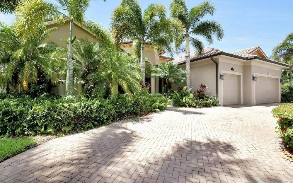 14678 Beaufort Cir, Naples - Home For Sale 1676047520