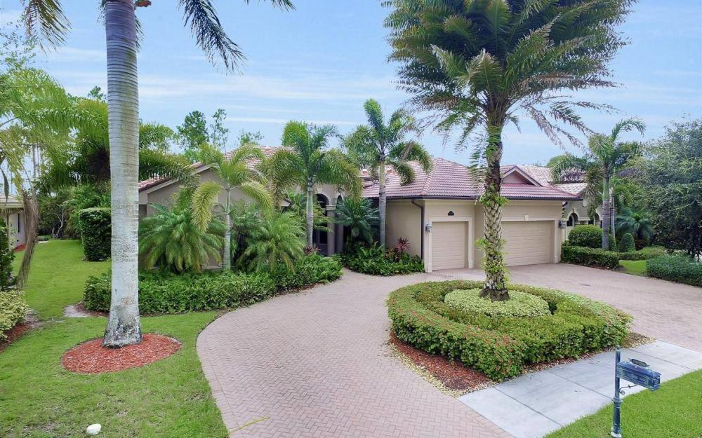 14678 Beaufort Cir, Naples - Home For Sale 1377203823