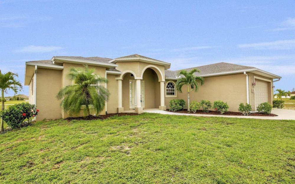 4310 NW 32nd St, Cape Coral - Home For Sale 910115193