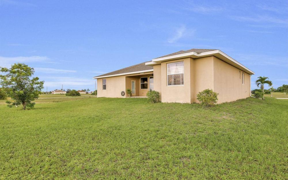 4310 NW 32nd St, Cape Coral - Home For Sale 874214764