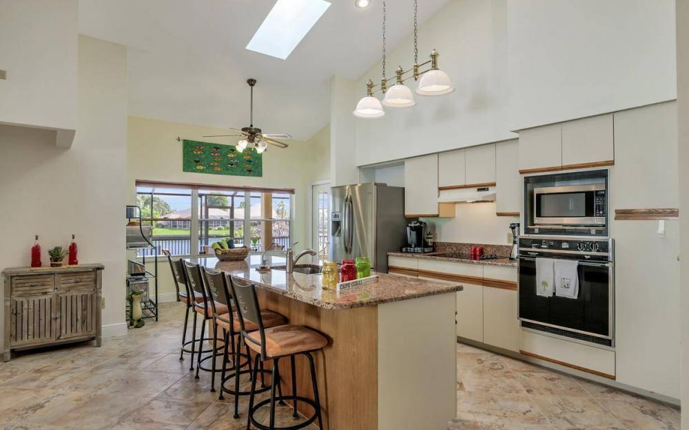 607 SW 57th St, Cape Coral - Home For Sale 1097530003