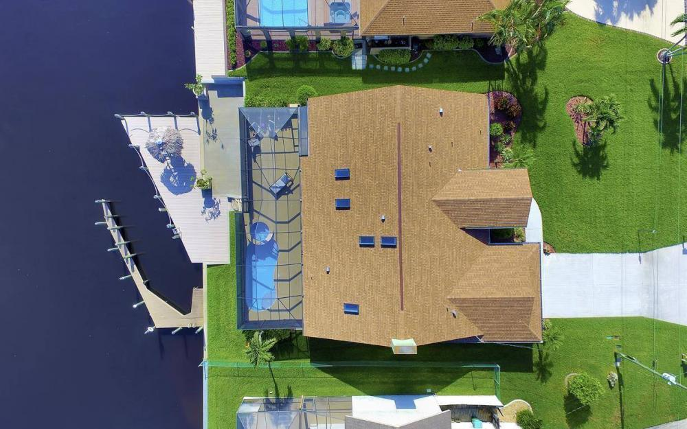 607 SW 57th St, Cape Coral - Home For Sale 1143835564