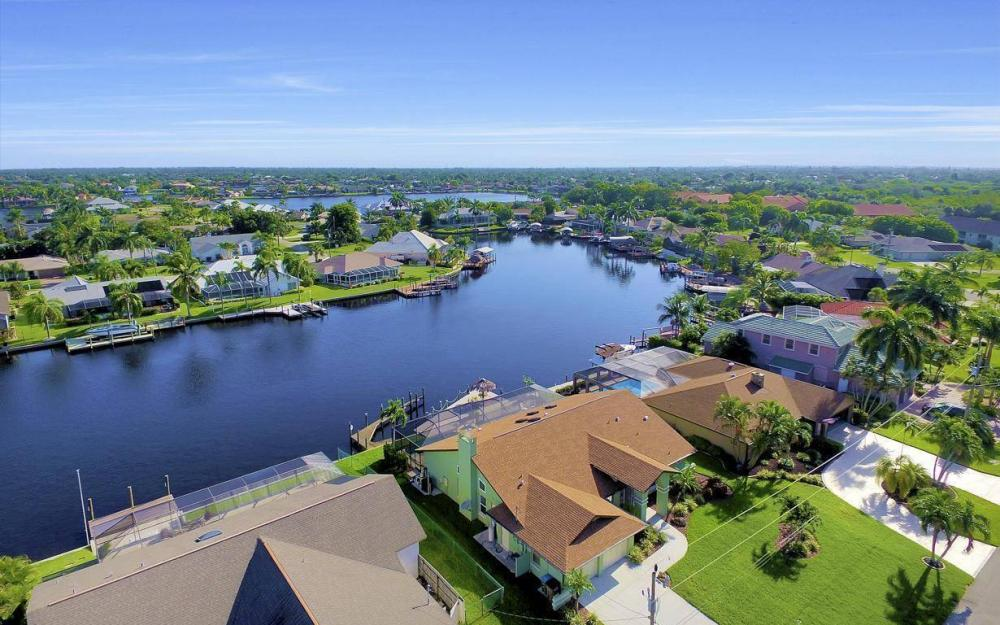607 SW 57th St, Cape Coral - Home For Sale 38502564